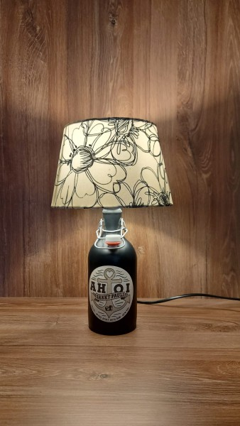 Lampe mit Schirm / AHOI Rum / Upcycling